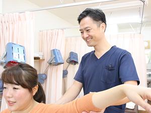 肩の可動域検査テスト写真